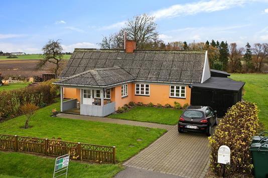 Villa på Levetoftevej i Haslev - Ejendommen