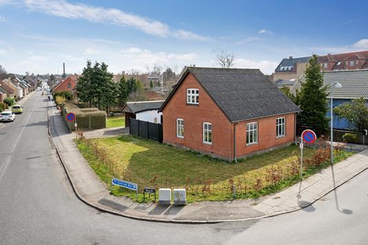 Villa på Sofiendalsvej i Haslev - Ejendommen