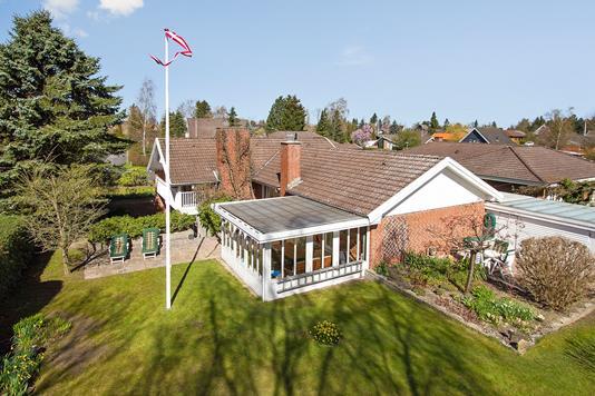 Villa på Bregnevang i Haslev - Have