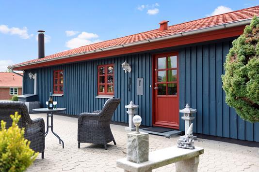 Villa på Bækgårdsvej i Haslev - Ejendommen
