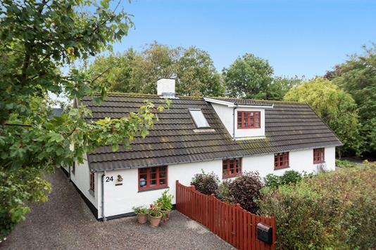 Villa på Skuderløse Bygade i Haslev - Ejendommen