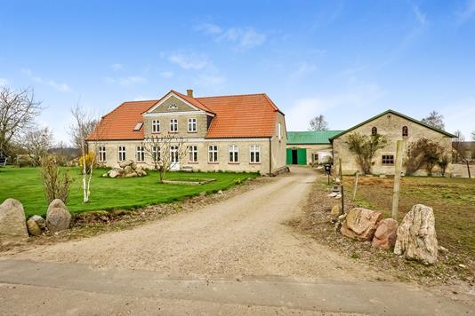 Villa på Mjang Bygade i Sydals - Ejendommen