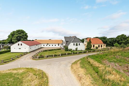 Villa på Lambjergvej i Sydals - Ejendommen