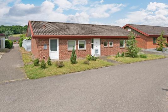 Villa på Skovvænget i Augustenborg - Ejendommen