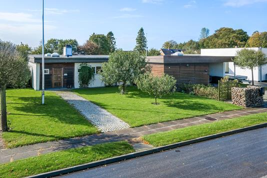 Villa på Carl Plougs Vej i Sønderborg - Ejendommen