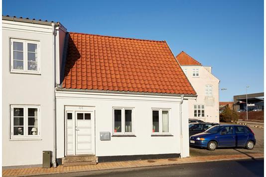 Villa på Laurids Skaus Gade i Haderslev - Ejendommen
