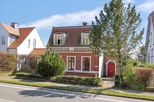 Villa på Aastrupvej i Haderslev - Set fra vejen