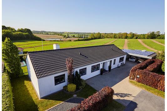 Villa på Rosenvænget i Haderslev - Ejendommen