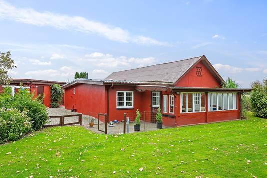 Villa på Gelsåvej i Vojens - Set fra haven