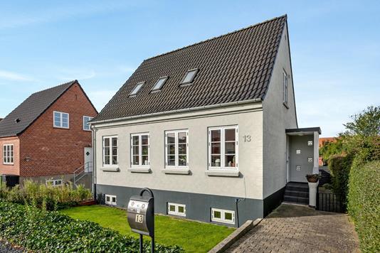 Villa på P.A. Madvigs Vej i Haderslev - Ejendommen