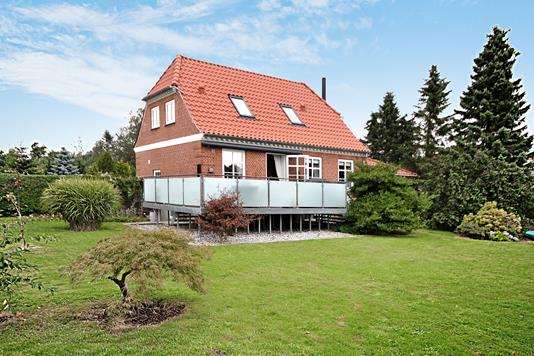 Villa på Søndergade i Tistrup - Ejendommen