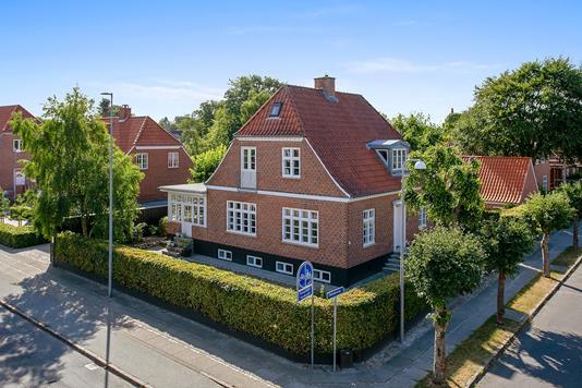 Villa på Palludansvej i Varde - Set fra vejen