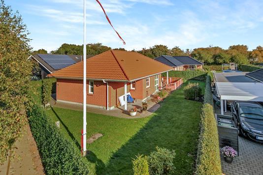 Villa på Agnetevej i Varde - Ejendommen