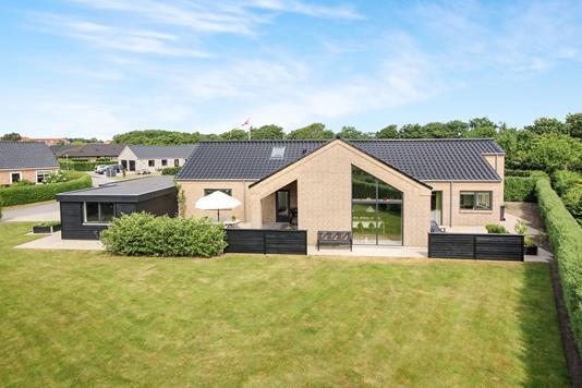 Villa på Kærhøgevej i Varde - Ejendommen