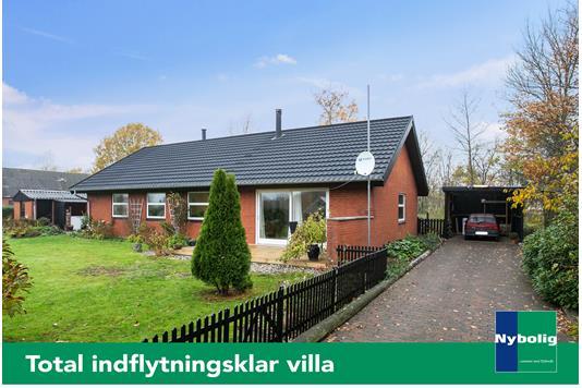 Villa på Knoldeflodvej i Varde - Set fra vejen