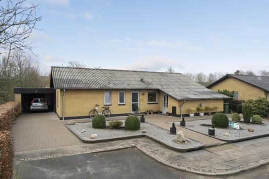 Villa på Bøgevej i Tistrup - Ejendommen
