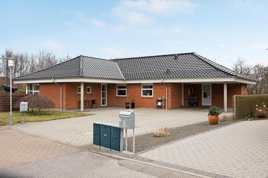 Villa på Hyldehaven i Varde - Ejendommen
