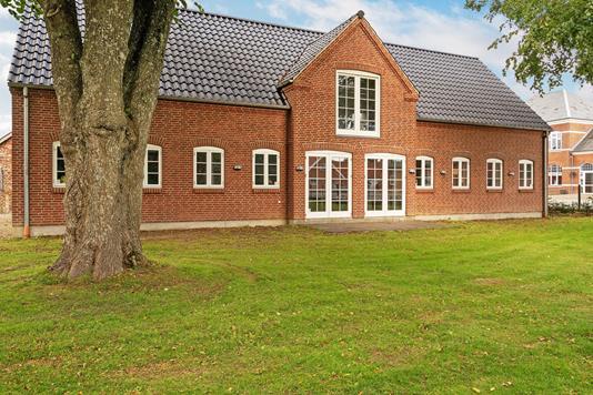 Villa på Vardevej i Varde - Ejendommen