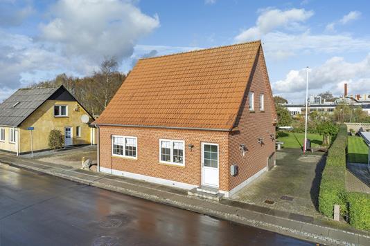 Villa på Bredgade i Agerbæk - Ejendommen