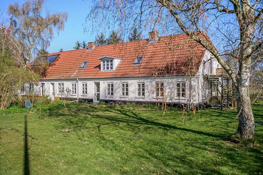 Villa på Hannevangvej i Billum - Ejendommen