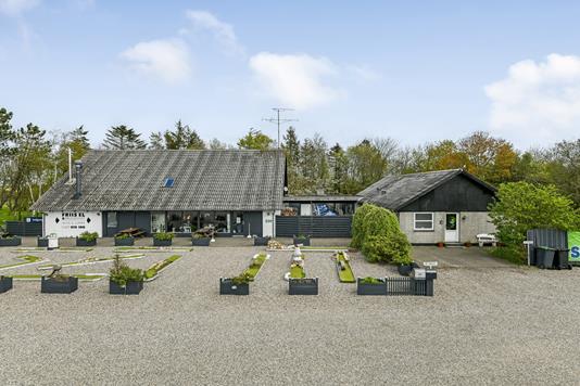 Villa på Nymindegabvej i Outrup - Ejendommen