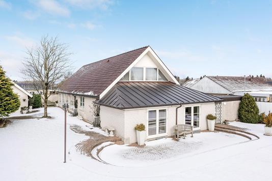 Villa på Jens Holdgaards Vej i Ikast - Ejendommen