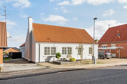 Villa på Bredgade i Bording - Ejendommen
