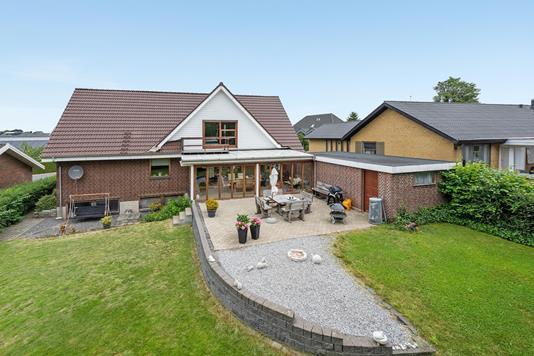 Villa på Højgade i Bording - Ejendommen