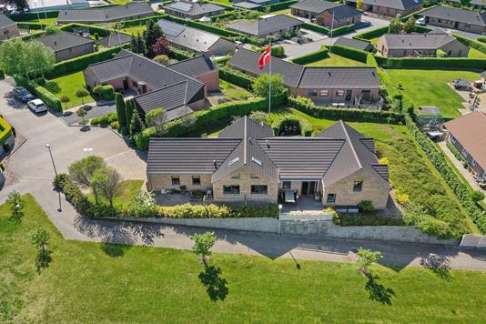 Villa på Bakken i Bording - Luftfoto