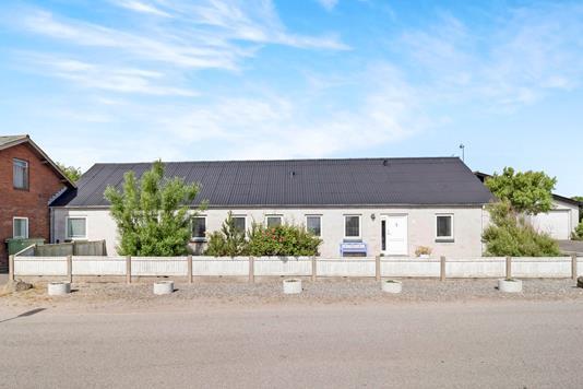 Villa på Fjaltringbyvej i Lemvig - Ejendommen