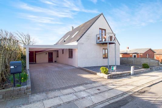 Villa på Mattrupsvej i Lemvig - Ejendommen
