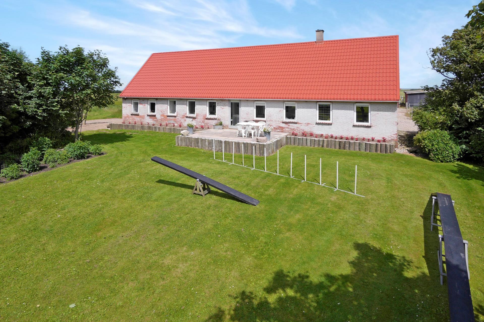 Landejendom på Råbjergvej i Lemvig - Ejendommen