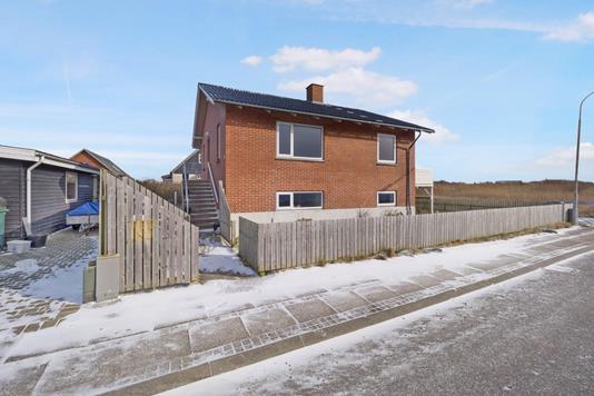 Villa på Limfjordsvej i Thyborøn - Ejendommen
