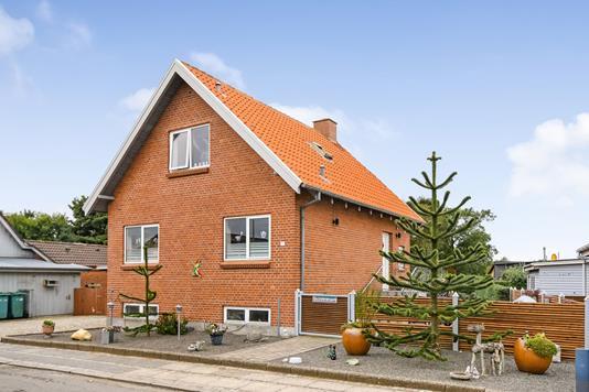 Villa på Søndergårdvej i Bækmarksbro - Ejendommen
