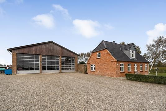Villa på Madumvej i Ulfborg - Ejendommen