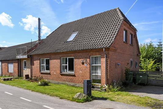 Villa på Vembvej i Ulfborg - Ejendommen