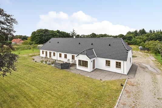 Villa på Holstebrovej i Ulfborg - Ejendommen