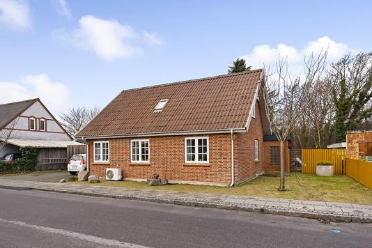Villa på Neesvej i Vemb - Ejendommen