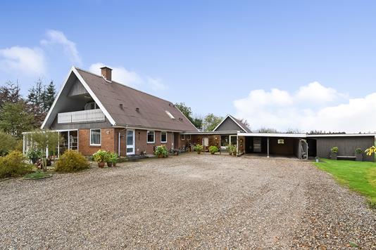 Villa på Stenumvej i Vemb - Ejendommen