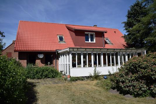 Villa på Moesgårdvej i Sørvad - Set fra haven