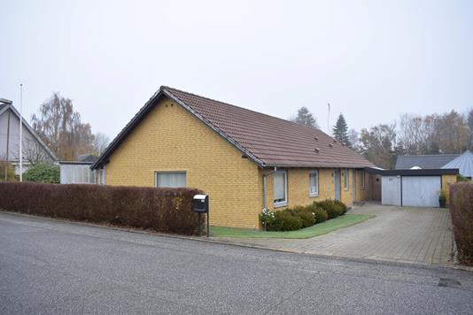 Villa på Lundgårdsparken i Aulum - Facade