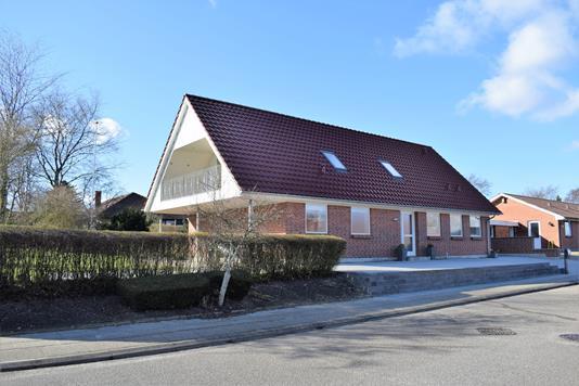 Villa på Spætten i Videbæk - Facade