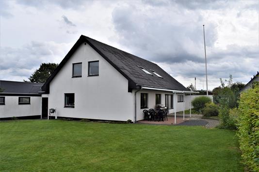 Villa på Svalen i Videbæk - Facade