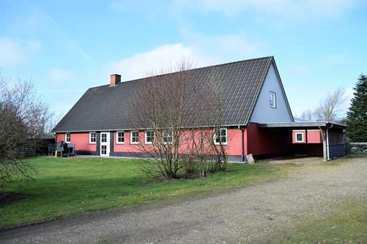 Landejendom på Oblingvej i Hemmet - Facade