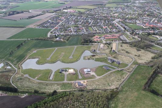 Helårsgrund på Søparken i Tarm - Luftfoto