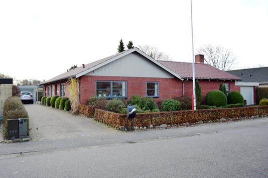 Villa på Svalevej i Tarm - Facade