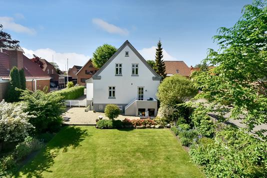 Villa på Th. Nielsens Gade i Herning - Ejendommen