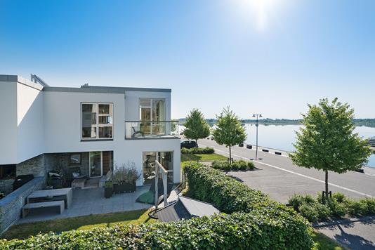 Villa på Fuglsang Næs i Herning - Ejendommen