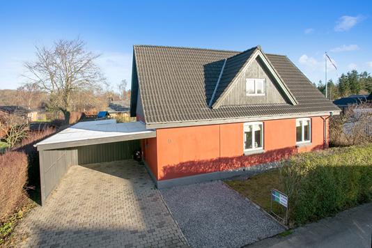 Villa på Ilskov Hovedgade i Sunds - Ejendommen