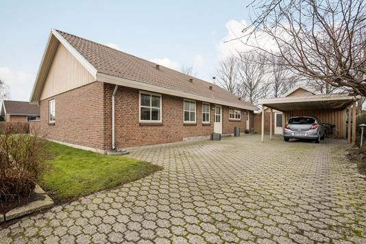 Villa på Agerbjerg i Herning - Ejendommen